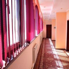 Отель Вилла Отель Бишкек Кыргызстан, Бишкек - отзывы, цены и фото номеров - забронировать отель Вилла Отель Бишкек онлайн интерьер отеля