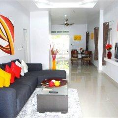 Отель Green Leaf 3 Nai Harn 2 bedrooms Villa комната для гостей фото 3