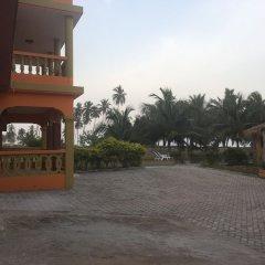 Отель The Beach house Гана, Шама - отзывы, цены и фото номеров - забронировать отель The Beach house онлайн парковка