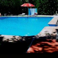 Отель Camping Ruta del Purche Сьерра-Невада бассейн