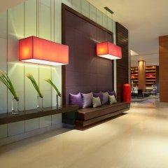 Отель Courtyard by Marriott Bangkok интерьер отеля фото 3
