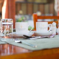 Отель Furaveri Island Resort & Spa гостиничный бар