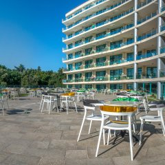 Marina Hotel бассейн