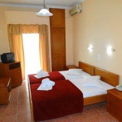 Отель Faros II сейф в номере