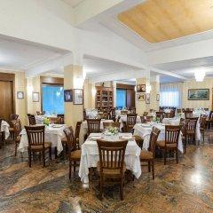 Отель Ristorante Donato Кальвиццано питание