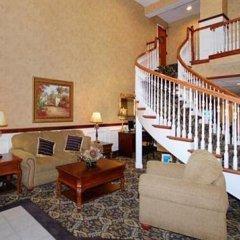Отель Comfort Suites Airport Hotel Columbus (OH) США, Колумбус - отзывы, цены и фото номеров - забронировать отель Comfort Suites Airport Hotel Columbus (OH) онлайн интерьер отеля