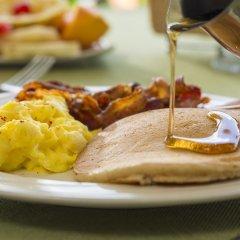 Отель Polkerris Bed & Breakfast Ямайка, Монтего-Бей - отзывы, цены и фото номеров - забронировать отель Polkerris Bed & Breakfast онлайн питание