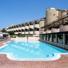 Отель Grand Hotel Smeraldo Beach Италия, Байя-Сардиния - 1 отзыв об отеле, цены и фото номеров - забронировать отель Grand Hotel Smeraldo Beach онлайн бассейн