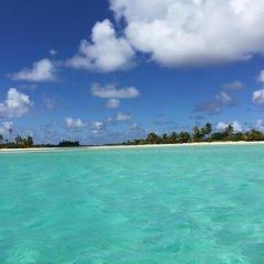 Отель Hakamanu Lodge Французская Полинезия, Тикехау - отзывы, цены и фото номеров - забронировать отель Hakamanu Lodge онлайн пляж фото 2