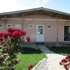 Отель Happy Nomads Yurt Camp Кыргызстан, Каракол - отзывы, цены и фото номеров - забронировать отель Happy Nomads Yurt Camp онлайн вид на фасад