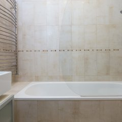 Апартаменты 1 Bedroom Apartment in Notting Hill Accommodates 2 Лондон ванная