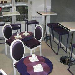 Отель Tipi гостиничный бар