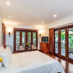 Отель Secret Garden Villas-Furama Beach Danang сейф в номере