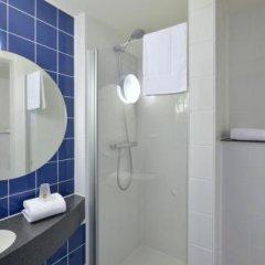 Отель B&B Hotel Braunschweig-Nord Германия, Брауншвейг - отзывы, цены и фото номеров - забронировать отель B&B Hotel Braunschweig-Nord онлайн ванная