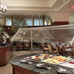 Отель Hilton Washington DC/Rockville Hotel & Executive Meeting Center США, Роквилль - отзывы, цены и фото номеров - забронировать отель Hilton Washington DC/Rockville Hotel & Executive Meeting Center онлайн питание фото 3