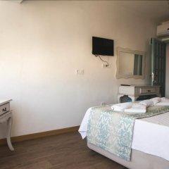 Alacati Sardunya Hotel Чешме комната для гостей фото 5
