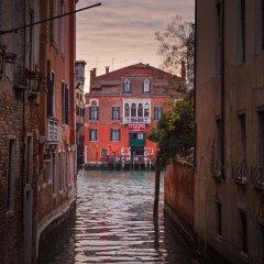 Отель San Cassiano Ca'Favretto Италия, Венеция - 10 отзывов об отеле, цены и фото номеров - забронировать отель San Cassiano Ca'Favretto онлайн приотельная территория