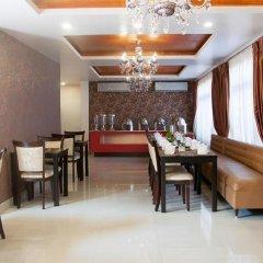Отель Mandala Boutique Hotel Непал, Катманду - отзывы, цены и фото номеров - забронировать отель Mandala Boutique Hotel онлайн питание фото 3