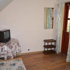 Гостиница Guest House on Gorkogo street 51 в Анапе отзывы, цены и фото номеров - забронировать гостиницу Guest House on Gorkogo street 51 онлайн Анапа комната для гостей фото 5