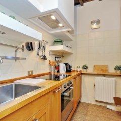 Апартаменты Trevi Stylish Apartment Рим в номере фото 2