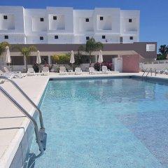L' Eros Hotel бассейн