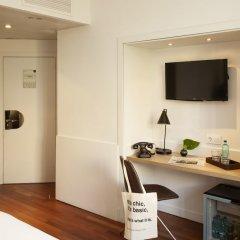 Отель Chic & Basic Velvet Испания, Барселона - отзывы, цены и фото номеров - забронировать отель Chic & Basic Velvet онлайн удобства в номере фото 2