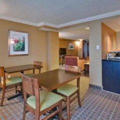 Отель Crowne Plaza Toronto Airport Канада, Торонто - отзывы, цены и фото номеров - забронировать отель Crowne Plaza Toronto Airport онлайн в номере фото 2