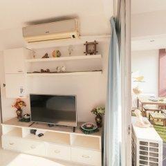 Отель Bangkok Two Bedroom Apartment Таиланд, Бангкок - отзывы, цены и фото номеров - забронировать отель Bangkok Two Bedroom Apartment онлайн комната для гостей фото 5