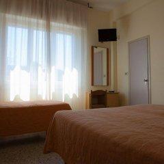 Отель Ausonia Италия, Римини - 3 отзыва об отеле, цены и фото номеров - забронировать отель Ausonia онлайн удобства в номере фото 2