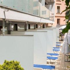 Отель Star Inn Hotel Salzburg Zentrum, by Comfort Австрия, Зальцбург - 7 отзывов об отеле, цены и фото номеров - забронировать отель Star Inn Hotel Salzburg Zentrum, by Comfort онлайн балкон