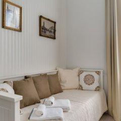 Отель Chestnut & Eliza Suites - Superior Homes Будапешт комната для гостей фото 5