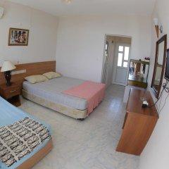 Отель Mavi Cennet Camping Pansiyon Сиде комната для гостей фото 3