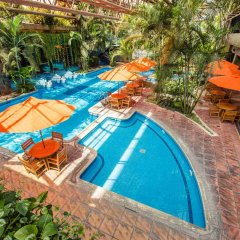 Grand Tikal Futura Hotel бассейн