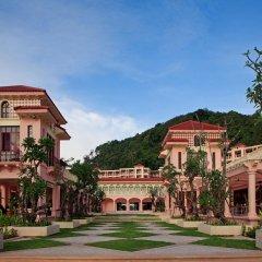 Отель Centara Grand Beach Resort Phuket Таиланд, Карон-Бич - 5 отзывов об отеле, цены и фото номеров - забронировать отель Centara Grand Beach Resort Phuket онлайн вид на фасад