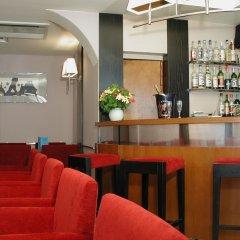 Tonic Hotel Du Louvre гостиничный бар