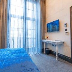 The Exhibitionist Hotel удобства в номере