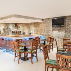 Отель Iberostar Bellevue - All Inclusive гостиничный бар