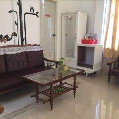 Отель Hai Cay Thong Homestay - Hostel Вьетнам, Далат - отзывы, цены и фото номеров - забронировать отель Hai Cay Thong Homestay - Hostel онлайн комната для гостей