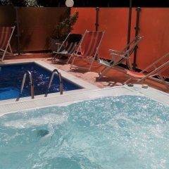 Hotel Prestige бассейн