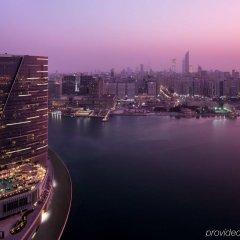 Отель Rosewood Abu Dhabi бассейн