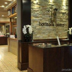 Отель Best Western Premier Calgary Plaza Hotel & Conference Centre Канада, Калгари - отзывы, цены и фото номеров - забронировать отель Best Western Premier Calgary Plaza Hotel & Conference Centre онлайн интерьер отеля фото 3