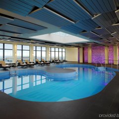 Отель Sheraton Munich Arabellapark Hotel Германия, Мюнхен - отзывы, цены и фото номеров - забронировать отель Sheraton Munich Arabellapark Hotel онлайн бассейн