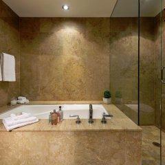 Отель SoHo Metropolitan Hotel Канада, Торонто - отзывы, цены и фото номеров - забронировать отель SoHo Metropolitan Hotel онлайн ванная