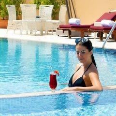 Moscow Hotel бассейн