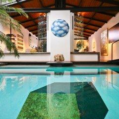 Отель Riari бассейн
