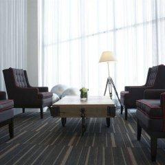 Отель City Express Plus Patio Universidad гостиничный бар фото 2