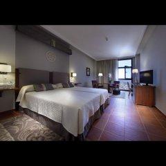 Отель Parador de Lorca сейф в номере