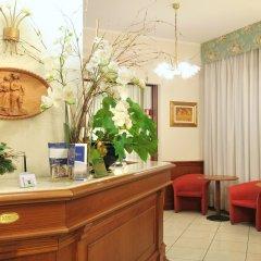 Отель Promessi Sposi Италия, Мальграте - отзывы, цены и фото номеров - забронировать отель Promessi Sposi онлайн интерьер отеля фото 2
