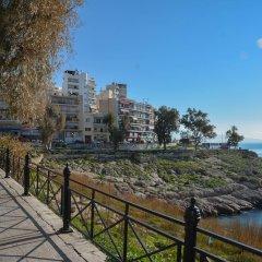 Scorpios Hotel пляж фото 2