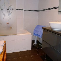 Отель Happyfew - Appartement le Bleu Rivage ванная